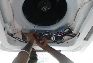 Installation of industrial air conditioning unit